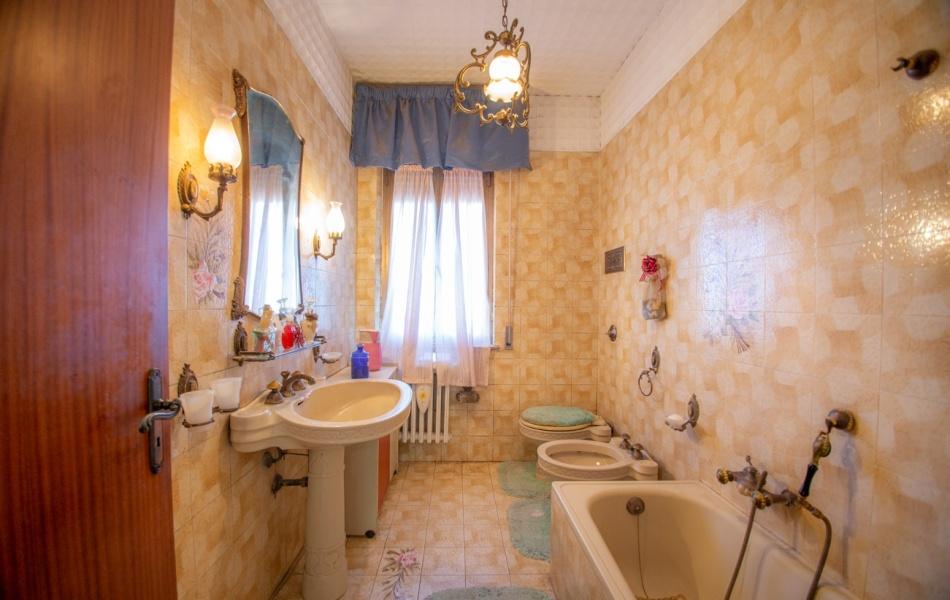 casa singola,Vendesi,1060